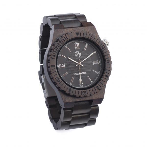 Mooi-houten-horloge